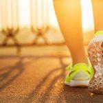 Laufschuhe einer Frau