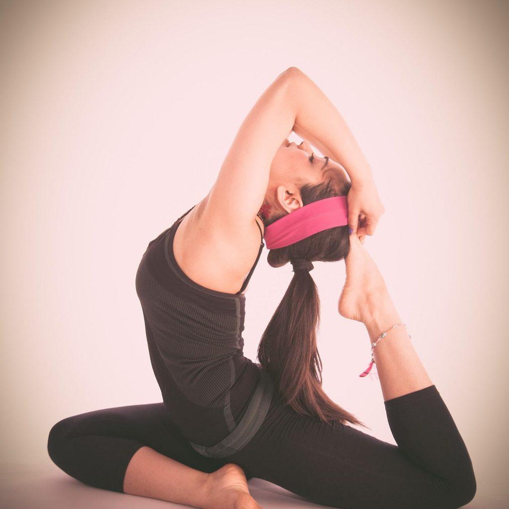 Faszeinyoga verbindet wunderbar Yoga mit dem Faszientraining.