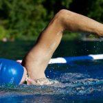 Ist Schwimmen effektiver als Laufen? Wir gehen dieser Frage auf den Grund.