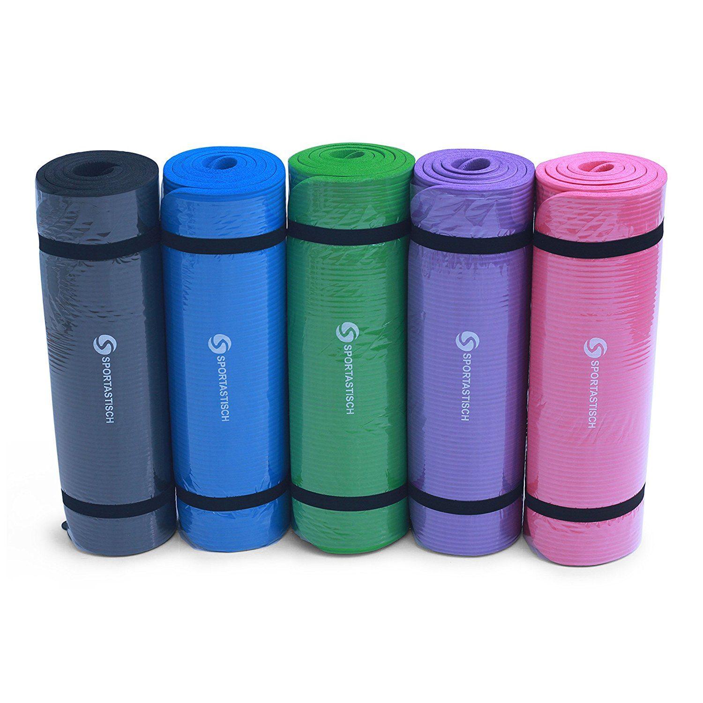 """Die Gymnastikmatte """"Gym Mat Pro"""" von Sportastisch gibt es in verschiedenen Farben."""