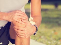 Können Faszien Knieschmerzen verursachen?