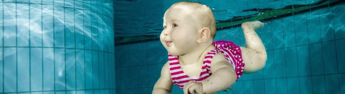 Besondere Momente: Babyschwimmen
